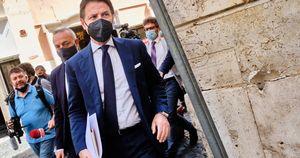Fronda del Movimento 5 Stelle con Giuseppe Conte: non ne possiamo più, basta con questa linea