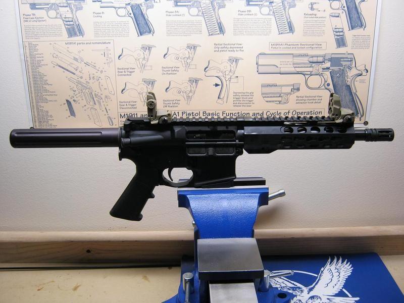 [Image: pistol%202_zpsyuovpxlt.jpg]