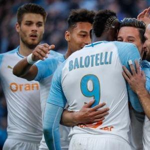 Балотели не спира да бележи за Марсилия