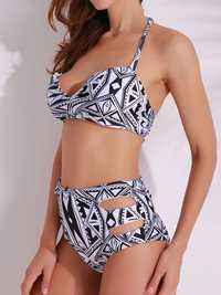 Women Sexy Geometric Printed Bikini Halter Wireless Padding Swimwear Sets