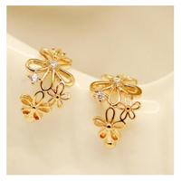 Sweet Hollow Flower Rhinestones No Piercing Clip Earrings