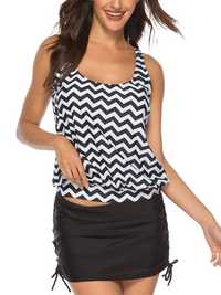 Two Piece Split Skirt Wavy Striped Print Swimwear With Short
