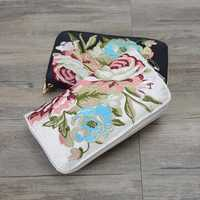 Women National Style Long Wallet Embroidered Phone Bag