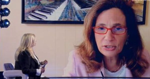Ilaria Capua e Mara Venier, imbarazzo a Domenica In sul vaccino: Sono sicura che lo hai già fatto, no, mai