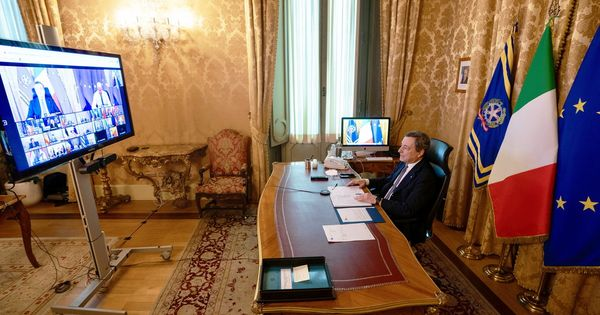 Mario Draghi al primo Consiglio europeo, alza subito la voce sui vaccini: cambio di registro rispetto a Conte e Arcuri