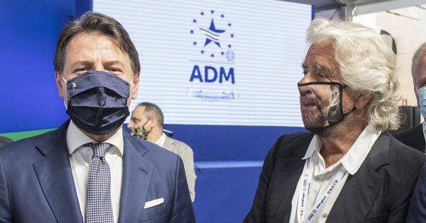 M5s, vertice a Roma sulla futura leadership: Beppe Grillo indica Giuseppe Conte, pronto a stravolgere lo Statuto