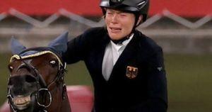 Tokyo 2020, il cavallo non salta? Olimpiadi nel water: lo psicodramma di Anne, lacrime e crisi isterica in mondovisione