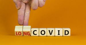 Vaccino, le conseguenze sul long-Covid: lo studio, cosa cambia dopo la doppia iniezione