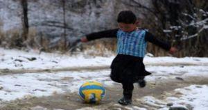 Afghanistan, la fine orribile di Murtaza: sognava Leo Messi, come l'hanno ridotto ora i talebani