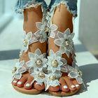 Prix de gros Women Flower Decro Bohemia Beading Slip On Casual Holiday Beach Flat Sandals