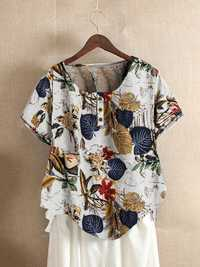 Button Leaves Print T-shirt