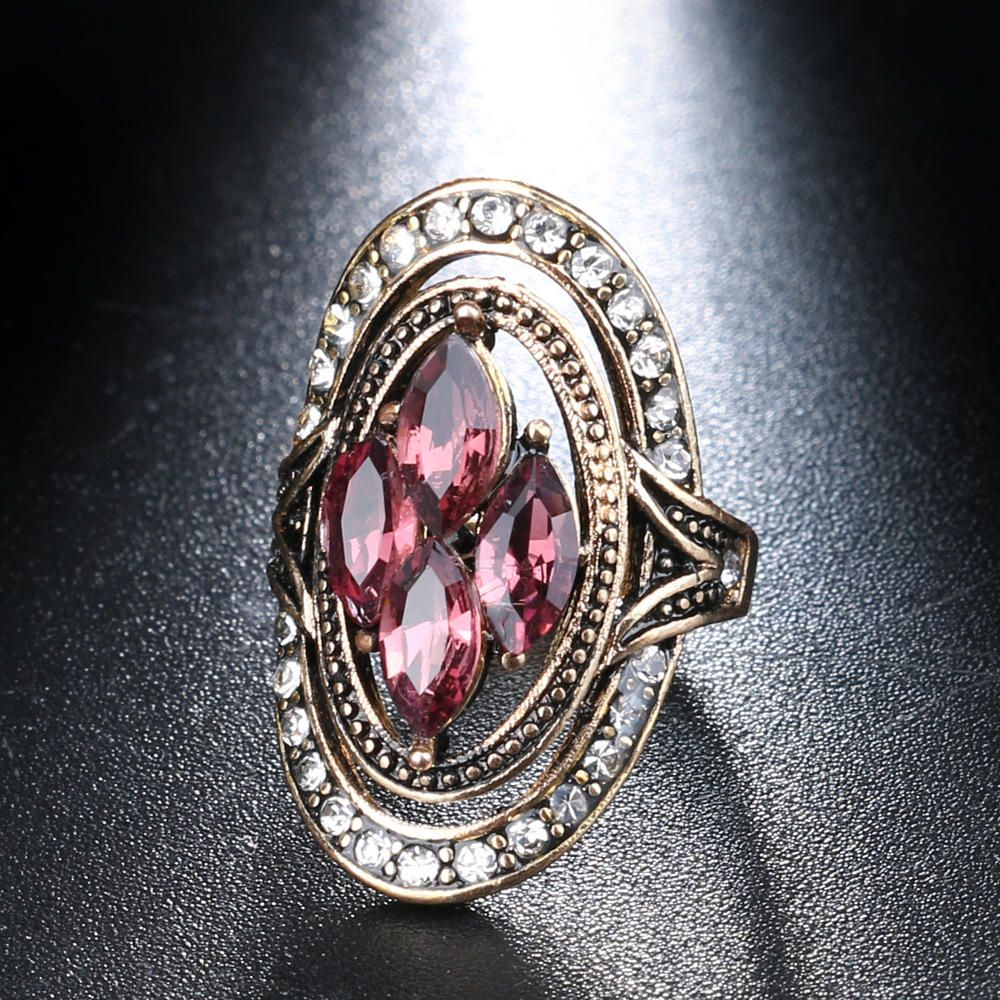 IAE US$9.75 Bohemian Red Gemstone Crystal Finger Rings Ethnic Hollow Oval Geometric Ring Jewelry for Women