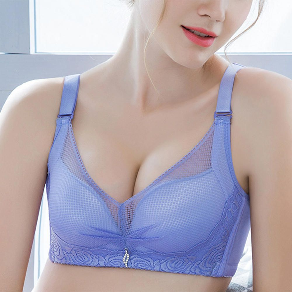XNA US$14.57 Lace Embroidery Mesh Gather Breathable Plunge Wireless Bra