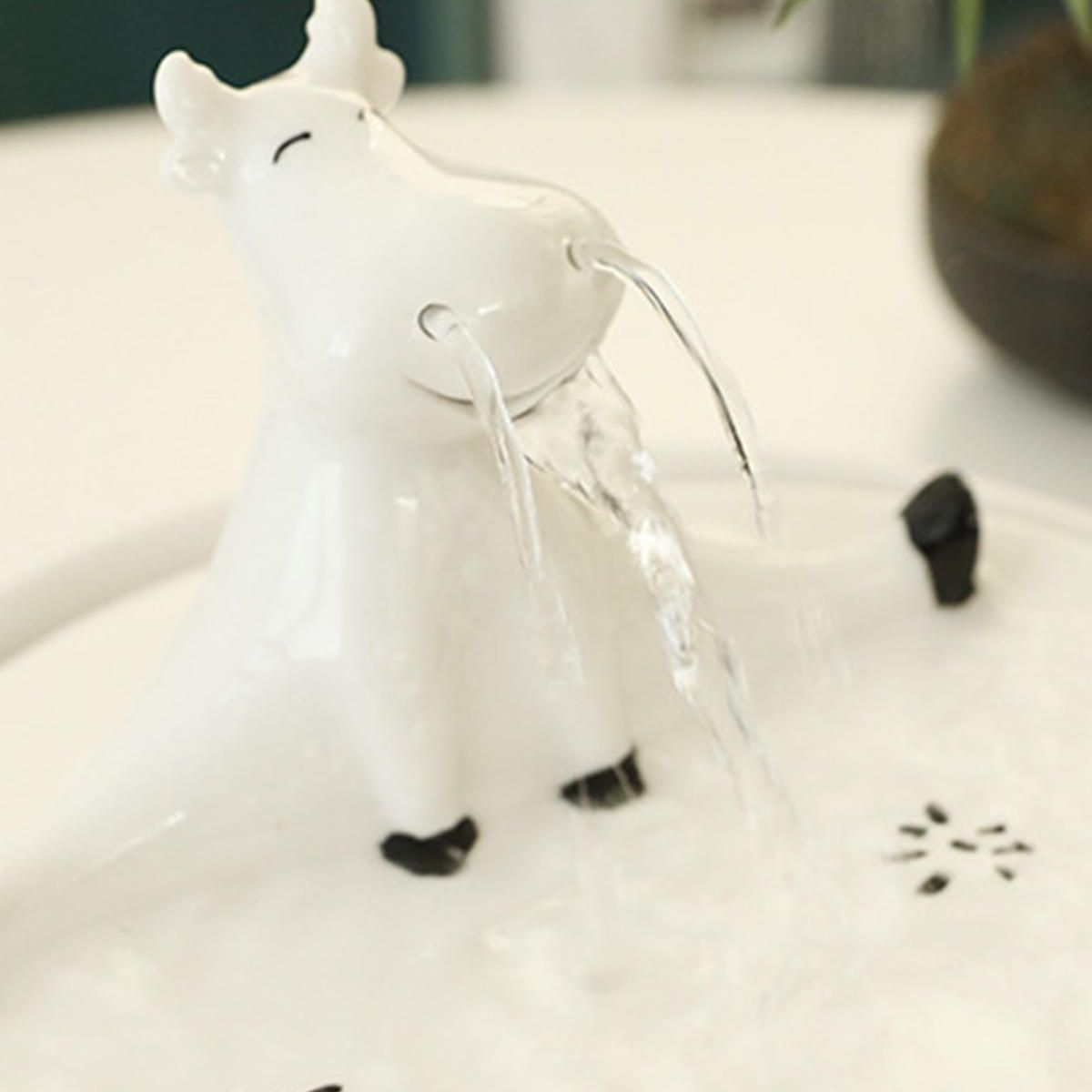 OEB US$35.18 Pet Ceramic Electric Automatic Water Fountain Dog Cat Drinking Bowl Tank Water Dispenser Pump