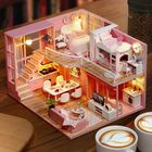 Prix de gros Cuteroom L026 Dream Angle DIY Doll House With Furniture Light Gift House Toy 24.5cm