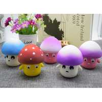 PU Slow Rebound Office Unpacking Props Squishy Simulation Thriller Mushrooms random color