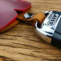 Men Genuine Leather Casual Creative Clothing Shape Key Set