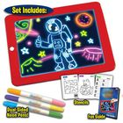 Bon prix 3D Magic Drawing Pad LED Writing Tablet Board For Plastic Creative Art Magic Board Pad With Pen Brush Children Clipboard Gift Set - Red