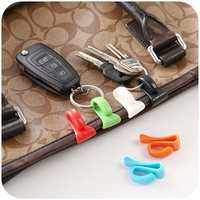 Honana HN-CH006 2pcs Creative Anti Lost Key Hooks Key Inside Holders Colorful Key Clips