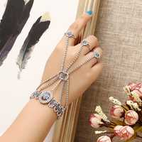 JASSY® Fashion Luxury Palm Bracelet with 3 Rings