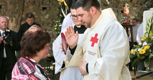 Julian Heissenberger: Priester und Rotkreuzler
