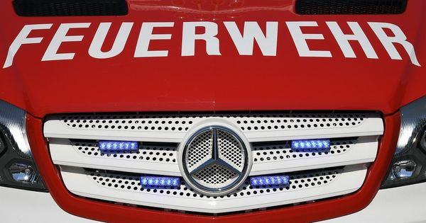 Küchenbrand: Polizisten retteten Frau aus Wohnung