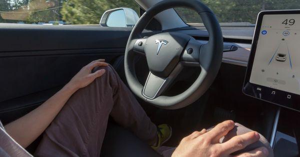 """US-Behörde hat Fragen zu Teslas """"Autopilot"""""""