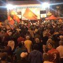 """ИЛЈАДНИЦИ КАЖАА """"НЕ"""" ЗА ДОГОВОРОТ СО ГРЦИЈА: Заврши протестот пред Собрание, најавени нови протести!"""