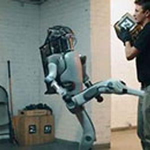Како би изгледало кога робот го возвраќа ударот