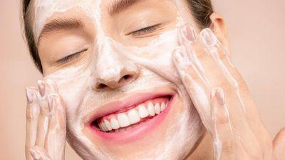 Защо измиването на лицето за най-малко 60 секунди е наистина важно