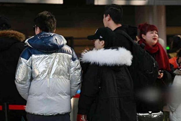 Sự thật đằng sau bức ảnh Lý Tiểu Lộ - Giả Nãi Lượng tình tứ xuất hiện tại sân bay giữa tâm bão scandal - Ảnh 5.