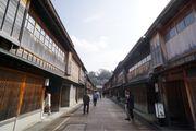 日本北陸地區(二)小京都。金沢—走訪三大名園之一。兼六園、東茶屋街、金沢 城、近江町市場
