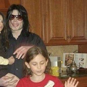 """""""Трябваше да си го заслужим!"""" -  Дъщерята на Майкъл Джексън говори за детството и възпитанието"""