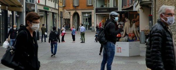 Lunedì Lombardia ritorna zona arancione. Cosa cambia: cosa si può fare e cosa ancora no
