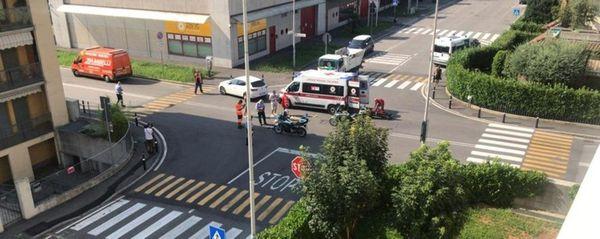 Bergamo, schianto tra auto e monopattino elettrico: 37enne in ospedale - Foto