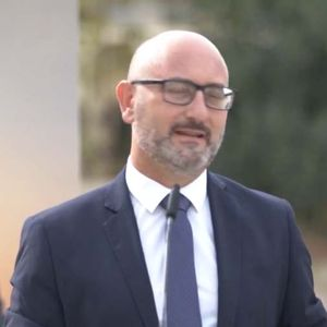 Watch: Social Housing Minister visits the completed regeneration works in Żabbar Housing Estate