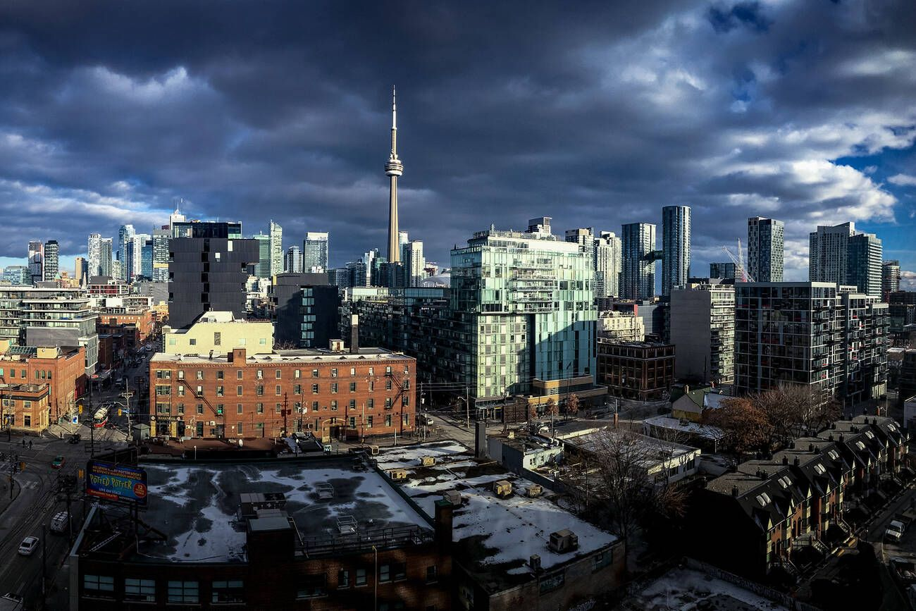 It's going to warm up in Toronto just in time for Christmas