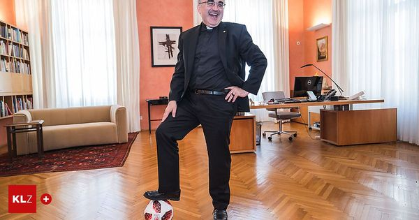 Interview mit Wilhelm Krautwaschl zur Fußball-EM: Kann sich die Kirche etwas vom Fußball abschauen, Herr Bischof?