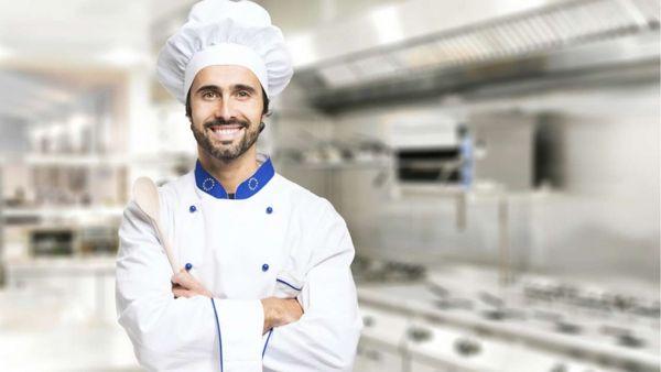 Das große Promibacken am Sonntag verpasst?: Wiederholung des Kochduell im TV und online