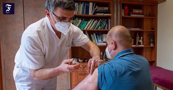 Corona-Liveblog: Kassenärzte fordern rechtliche Absicherung bei Astra-Zeneca-Impfung
