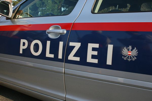 Polizeieinsatz: Bombemdrohung bei der Pensionsversicherungsanstalt im 2. Bezirk
