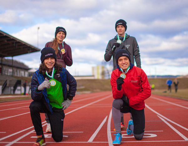 Medaillenregen für Triathlon-Nachwuchs