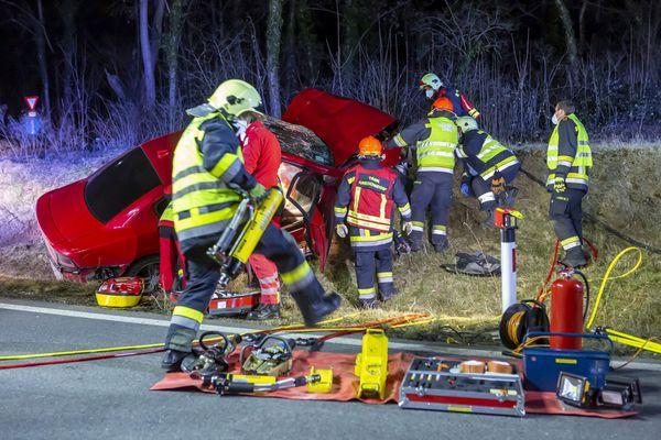 Stadt Krems: Feuerwehr Krems rettet eingeklemmten Verletzten