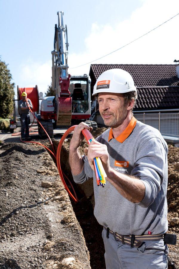 Glasfaser von Aurach nach Pinsdorf: Breitbandausbau schreitet voran