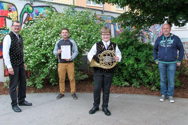 Stadt Krems: Stadtkapelle Krems freut sich über erfolgreichen Junghornisten