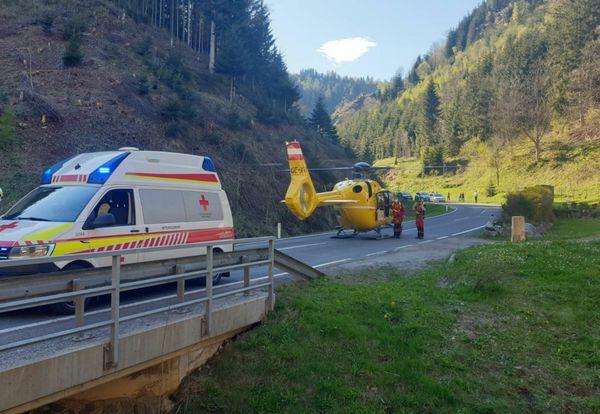 Unfall: Kollision zwischen Motorrad und PKW am Pogusch