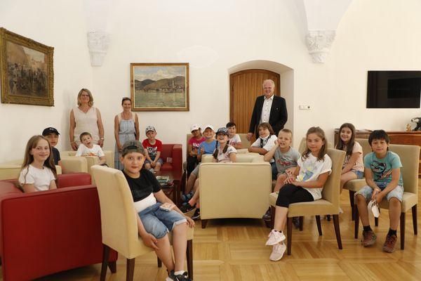 Stadt Krems: Lerchenfelder Kinder zu Gast im Rathaus