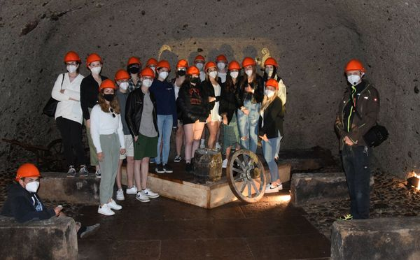 Erlebnis in Bad Ischl: Tourismusschüler besuchten legendären Casino Keller