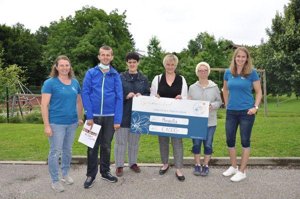 Gute Tat: Ladies Circle 3 Ried spendet 1.000 Euro an Miravita Waldzell