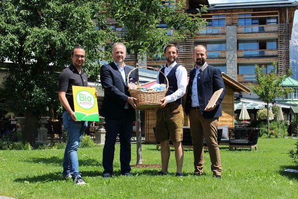 BIO vom BERG Frühstück: Kooperation bringt Tiroler Bio-Produkte in  die Gastromonie